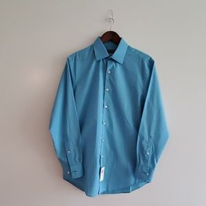 Van Heusen Aqua Fitted Dress Shirt SZ Medium